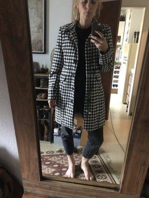 Zabaione Short Coat white-black