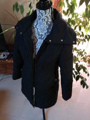 Mantel mit hohem Kragen