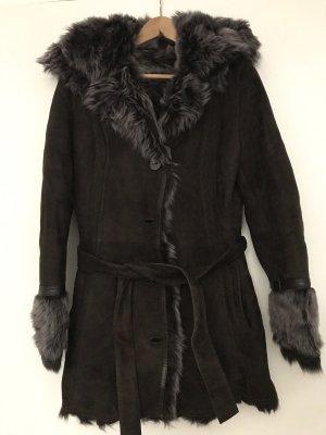 Mantel mit Kapuze La Reine Blanche aus Lammfell