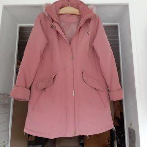 Cappotto con cappuccio rosa
