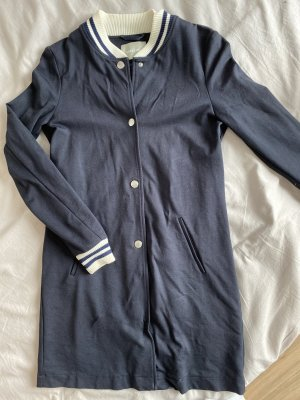 AMBER & JUNE Krótki płaszcz ciemnoniebieski-niebieski Wiskoza