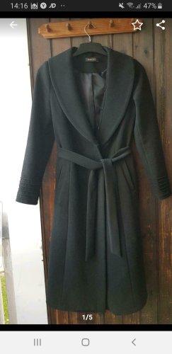 Abito cappotto nero
