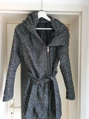 Only Fashion Capuchon jas wit-zwart