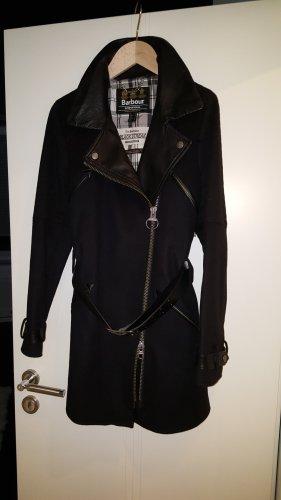 Barbour Short Coat black