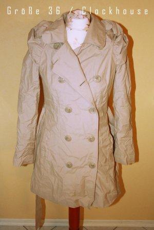 Mantel von Clockhouse