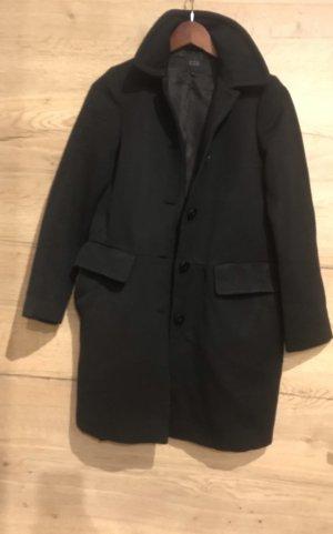 COS Winter Coat black