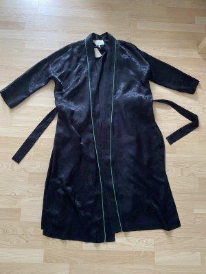 Mantel von Maje