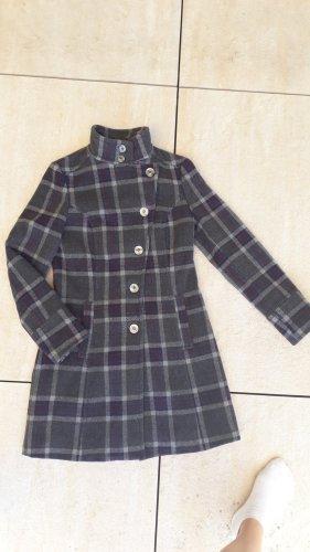 Mantel von Sisley