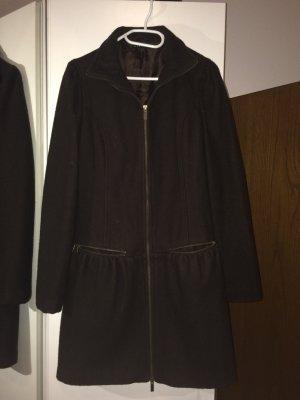 Mantel von Sisley neue.