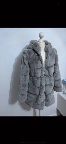 Mantel weich grau