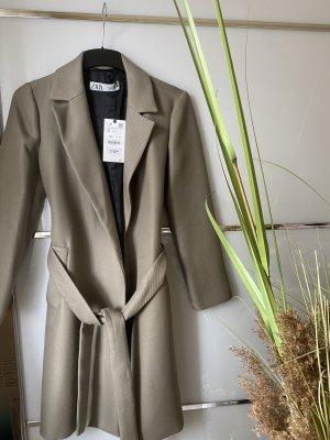 Mantel zara neu mit Etikett S sehr schön elegant