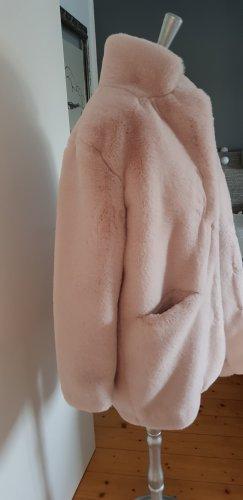 Cappotto in eco pelliccia rosa pallido