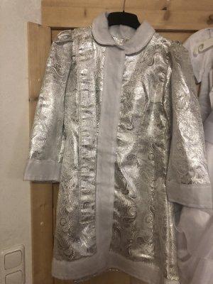 Sukienka płaszczowa srebrny-biały