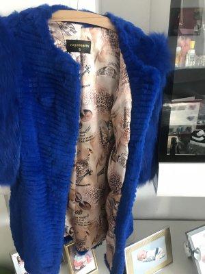 Manteau de fourrure bleu