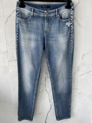 Marc Cain Jeans mit Perlenverzierung