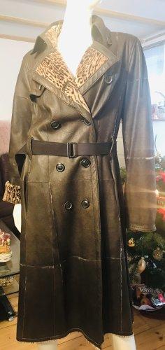 Marc Cain Abrigo de cuero marrón oscuro-crema Cuero