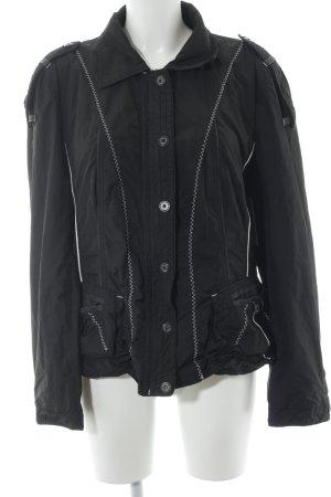 Marc Cain Übergangsjacke schwarz Street-Fashion-Look