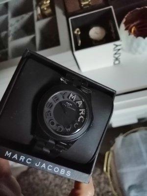 Marc Jacob's Uhr schwarz