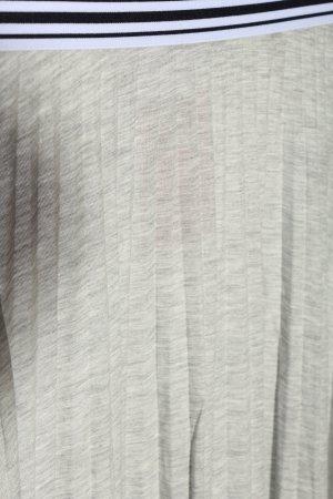 Marc O'Polo Falda plisada gris claro moteado look casual
