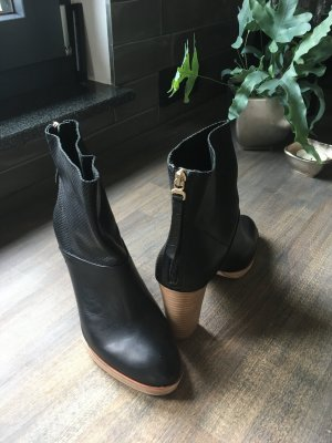 Marc O'Polo Zipper Booties black leather