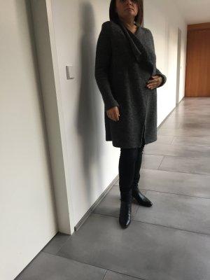 MARCO O'POLO Cardigan aus italieniescher Wolle, Gr. 40 toller Faltenfall neuwertig
