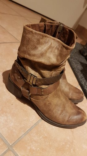 Marco Tozzi Boots / Stiefeletten Gr. 36
