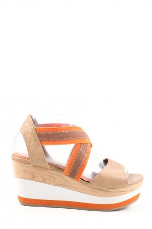 Marco Tozzi Plateauzool sandalen room-licht Oranje casual uitstraling