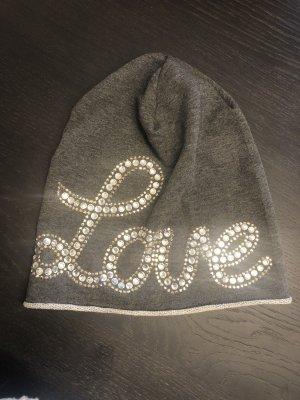 Marken Mütze mit Kristall Aufdruck Love