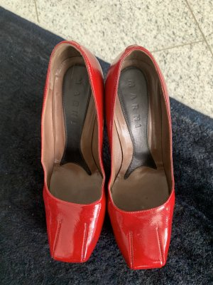 MARNI  Lackpumps in rot