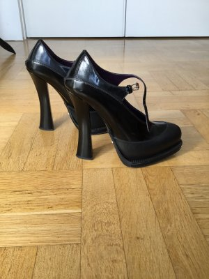 Prada Strapped pumps black leather