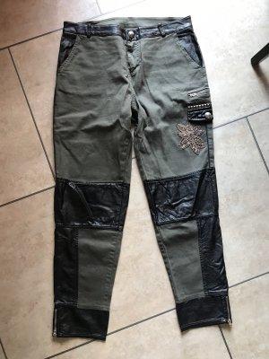 Maryley Spodnie khaki Wielokolorowy