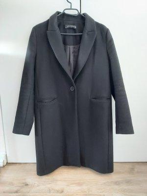 Maskuliner Mantel in schwarz