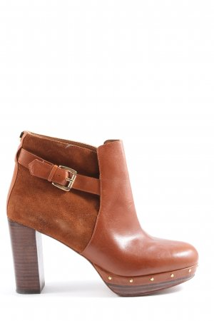 Massimo Dutti Booties brown casual look