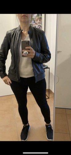 Massimo Dutti Leather Jacket black