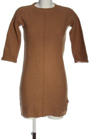 Massimo Dutti Vestido tipo jersey marrón look casual