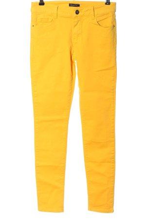 Massimo Dutti Drainpipe Trousers primrose casual look