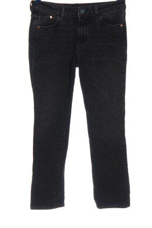 Massimo Dutti Straight-Leg Jeans schwarz Street-Fashion-Look