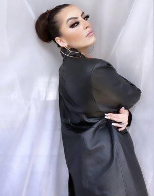 Skórzany płaszcz czarny