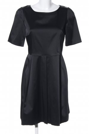 Max & Co. Robe de cocktail noir élégant