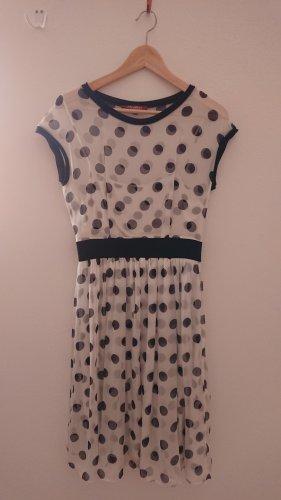 Max Mara Kleid weiß mit schwarzen Tupfen