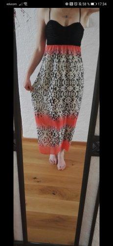Maxi Kleid lit schönem Rücken