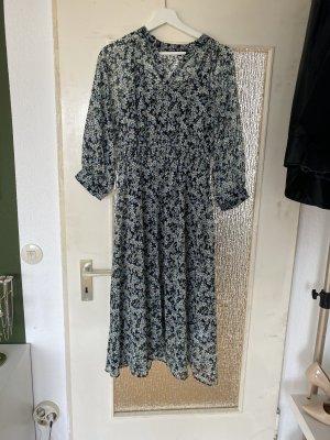 Maxi Kleid mit Blumenmuster