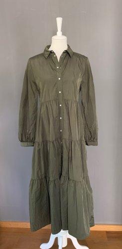 Maxi-Kleid mit Druckknöpfen