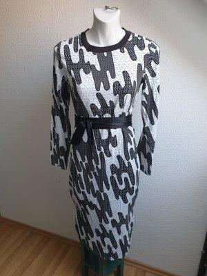 Maxikleid / Schlauchkleid mit Vintage Muster