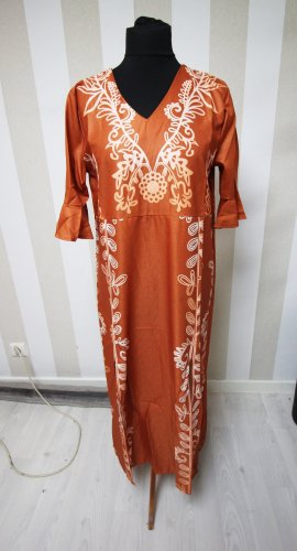 Vestido largo naranja oscuro