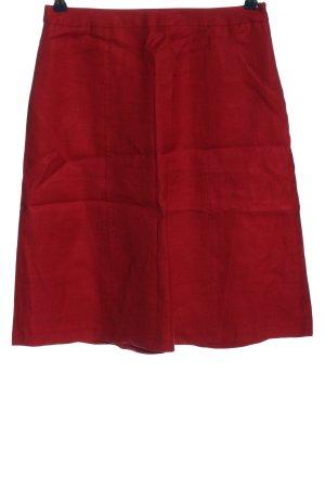 MaxMara Falda de lino rojo look casual