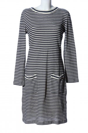MaxMara Weekend Langarmkleid wollweiß-schwarz grafisches Muster Business-Look