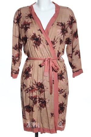 Maya Kimono flower pattern casual look