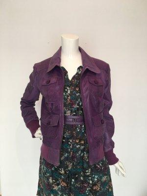Maze small s Lederjacke Echtleder Leder lila purple Futter gefüttert Strickbündchen Kragen Reißverschluss viele Taschen butterweich anschmiegsam fein cool