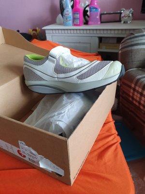 MBT Sneaker con strappi multicolore